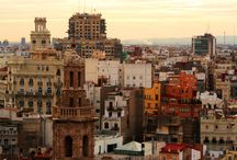 Valencia / The best tips to enjoy Valencia, Spain. What to visit. Where to live. How to enjoy the city.