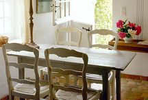 Tables Galore / In the search for the perfect dining table