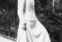 Великая Княжна Российской Империи Татьяна Николаевна Романова / Татьяна Николаевна Романова (11 июня 1897 - 17 июля 1918 (по официальной версии)) - великая княжна Российской Империи, второй ребенок и вторая дочь последнего императора дома Романовых Николая II и его жены, императрицы Александры Федоровны.