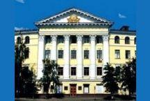 Высшие учебные заведения Украины / Рейтинг всех высших учебных заведений Украины. Их контакты. Есть возможность сравнить ВУЗы и выбрать лучший. http://prevolio.com/highschools.aspx
