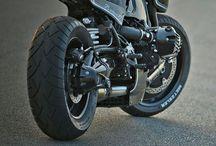 motorbikes / by Michael Theunissen
