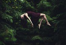 trick photography / photography, levitation, trick photography