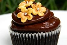 Cupcakes / Cupcakes- A cake which you do not have to share...  http://thebakers.in/14-cupcakes
