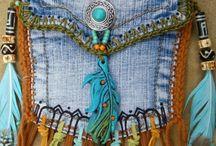 Bolsas jeans / Bolsinhas para passeio e para celular, bolsões, pastas, sacolas,  todas confeccionados a partir do reaproveitamento de roupas de brim.