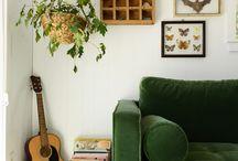 Grünes Sofa
