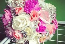 DIY - Paper Flowers / by Rachel Art