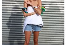 Be fashion on summer. / Summer wear.