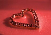 Valentine's Special!!! / #Valentine's Special! Στείλτε μας το αγαπημένο σας ρούχο μαζί με μια ευχή για του Αγίου Βαλεντίνου! #valentinesday #love #megamou #proinomou https://apps.facebook.com/my-polls/xchhj