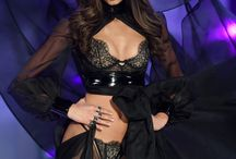 Victoria's Secret Fashion Shows <3 <3
