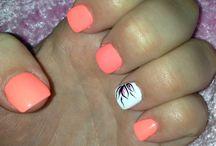 nails orange/peach