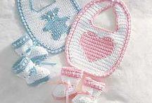 Free pattern baby bibs