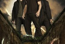 Supernatural / Supernatural is an American supernatural drama television series, created by Eric Kripke, which was first broadcast on September 13, 2005, on The WB, and is now part of The CW's lineup.