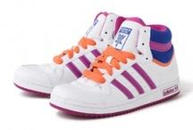 Kids' shoes / Στην κατηγορία αυτή μπορείτε να βρείτε όλα τα παιδικά παπουτσάκια που υπάρχουν με έκπτωση στο ηλεκτρονικό μας κατάστημα.