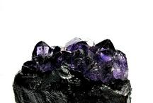 Crystals + Minerals + Gemstones