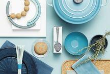 Boligstylistens tips / Få boligstylist Marianne Ladefogeds tips til dit hvide, dit sorte, dit grå, dit nostalgiske eller dit smukke trækøkken. Se boligstylistens favoritter og skab stilen.