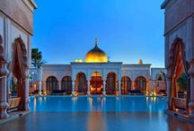 Palais Namaskar / cestování