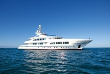 The Mega-Yacht, Ships