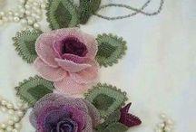 İğne oyası güller