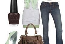 Fashion / by Kourtney Bessemer