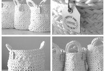 háčkované košíčky, tašky, obuv, ponožky. ...