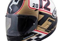 #Helmets / Ogni motociclista ha una mania, quella dei caschi è comune a molti