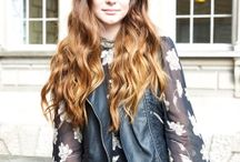 Street Style Hair / Snap snap! Some of the loveliest street style hairstyles on the web. / by Voguewigs