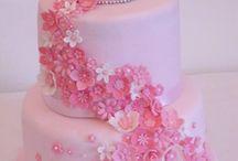 12 modèles de gâteaux pour vous aider à avoir le plus beaux gâteau pour l'anniversaire
