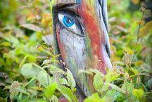 holzskulpturen / Holzkünstler: Bouchta Ouali --- Foto: Claudia Veith