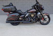 Harley FLHTK Custom