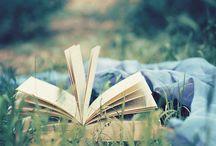 Reading <3 / by Cora McSperitt