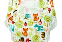 Pannolini lavabili, inserti lavabili e wetbag / Pannolini lavabili per neonati in cotone biologico e tanti altri accessori necessari per il cambio dei neonati e bambini.