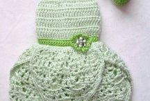 Yeni yürüyen bebek kıyafetleri