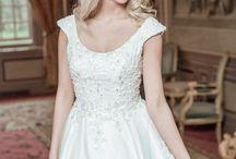 ALBERTO AXU   Overige bruidsjurken / Overige bruidsjurken   Special dresses by ALBERTO AXU Couture   https://albertoaxu.com/bruidsjurken/overige-jurken