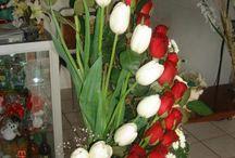 arreglos florales / by ivonne del castillo
