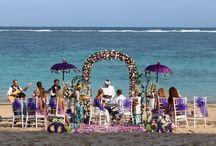 #BeachWedding / Wedding at the private beach of Samabe #bali #beach #wedding #venue #love