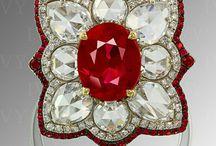 Vintage Jewelry We Love