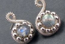 biżuteria z drutu
