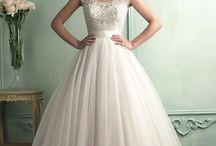 Scoop Neckline Bridal Gown