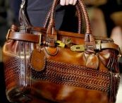 Purse obsession! / by Kellie Davis