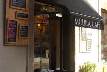 Cafeterías molonas de Barcelona / Los fines de semana son para huir de la vending y su malvado café para correr hacia alguna cafetería requetebonica de Barcelona. Y tiene muchas.