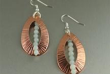 unique copper jewelry / by Catrina Swinburn