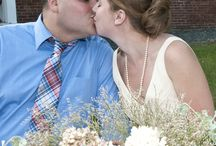 Wedding Samples / I shoot weddings in an natural, unobtrusive, candid style. I prefer not to pose people as I like to capture the wedding as it happened. Pricing starts at $500.  Although I am based in Vermont, I am available to travel to your venue/location Samples: http://photosbynanci.smugmug.com/WeddingsandSpecialEvents/Samples