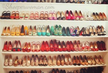 Shoes make me happy, I'm superficial whatever... / Des chaussures, des chaussures et encore des chaussures...