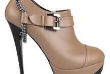 Topuklu Ayakkabı Çekiciliği