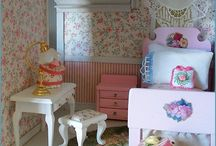 Dollhouse's / A future project for me and my girl!   / by Erin Caruso