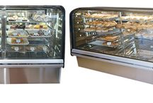 Bakery Display Cases / Here is a collection of commercial Bakery Display Cases available in Refrigerator, Heated & Ambient Cabinets.
