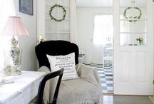 Living Room Inspiration / by mijo nick