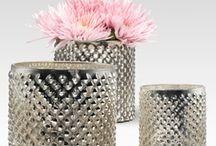 Xiara 4.20.12 / Floral decor ideas / by Janet Finocchiaro