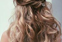 Uzun kıvırcık saçlar