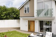 1 The Sands, a self-catering holiday cottage in Polzeath, North Cornwall by Latitude50. / This spacious new build is nestled above Polzeath in a peaceful location, only moments from the beach.  Find out more here: http://tinyurl.com/je5nmtr